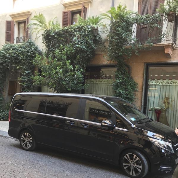 NCC Mercedes V Class Hotel Gabbia d'Oro