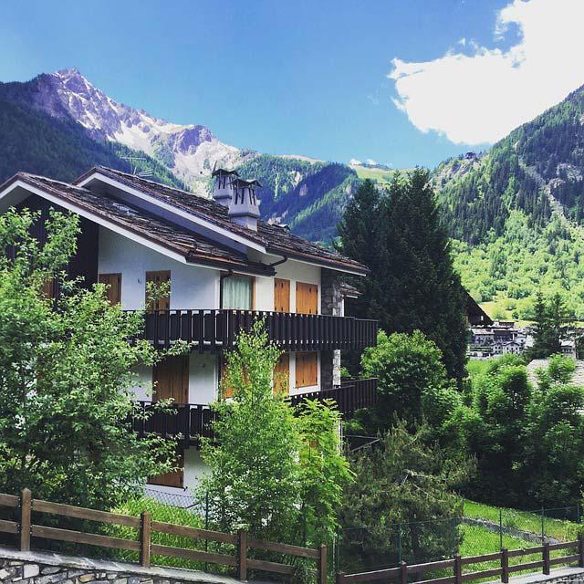 NCC per tour in montagna a Courmayeur